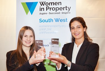 Emily Hacking and Amy Menzel will represent South West at National Student Awards Final
